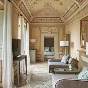 Castello-Del-Nero_Heritage-Suite-Living-Room-1_0