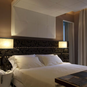 Luxury-rooms-Venice-Deluxe-Room-Centurion-Palace2