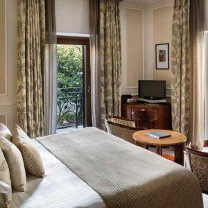 Baglioni_Hotel_Regina_Roma_Rooms_06