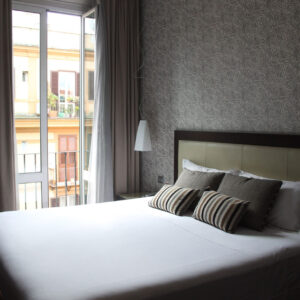 dettaglio_orizzontalee_balconcino_2-scaled